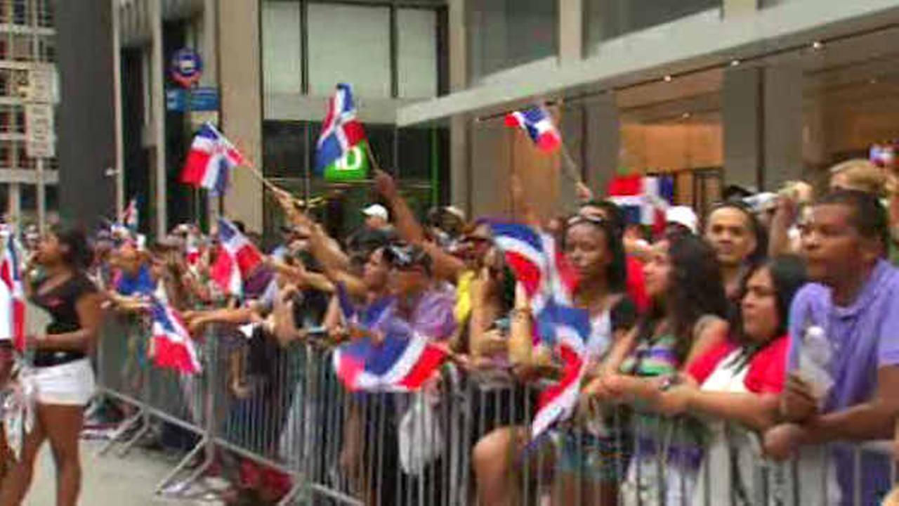 Annual Dominican Day parade marches up Sixth Avenue