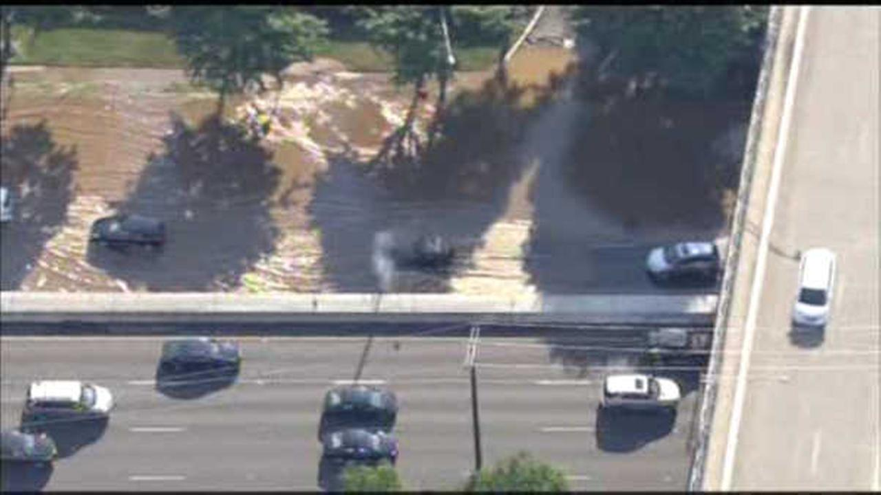 Vehicle strikes hydrant on Route 17 in Paramus