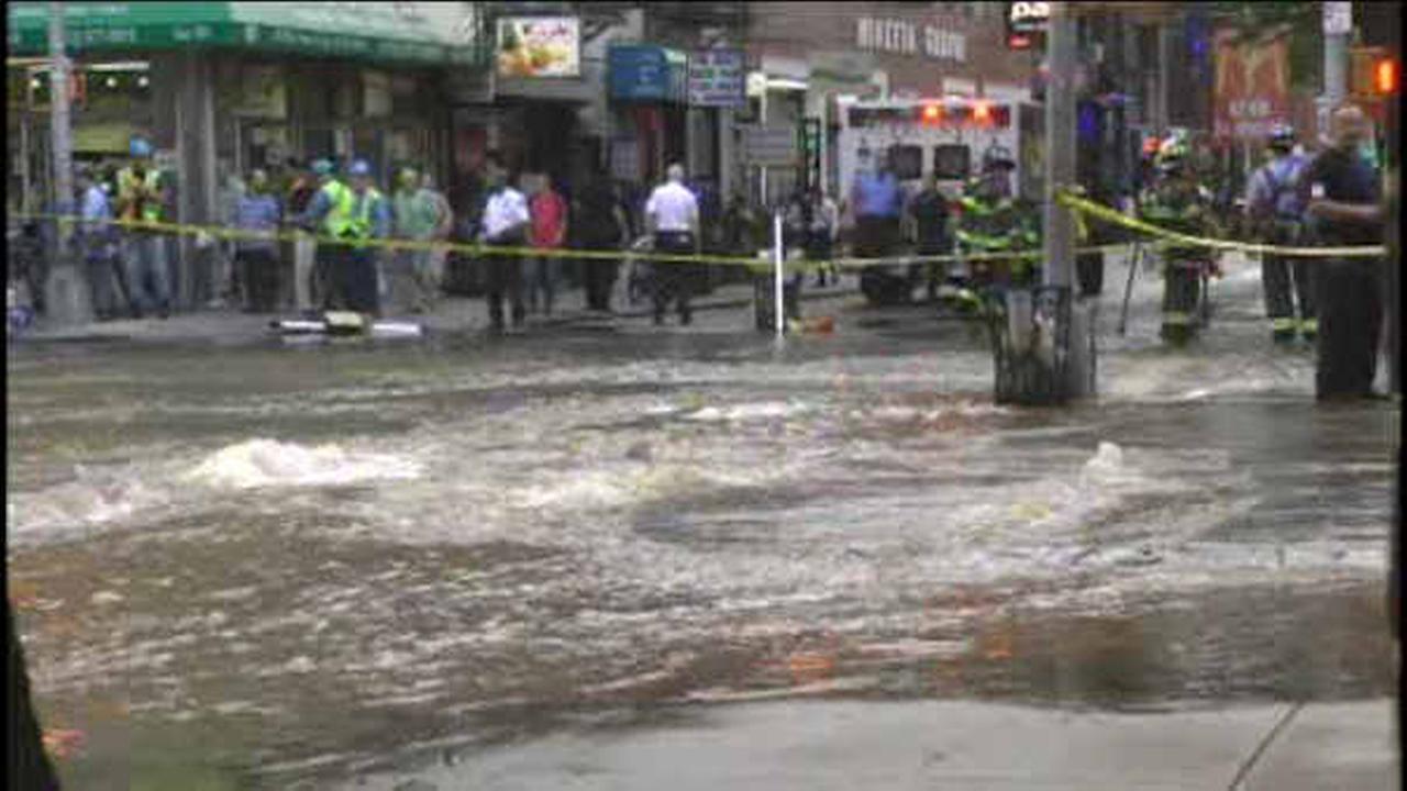 Water main break floods streets, basements in Greenwich Village