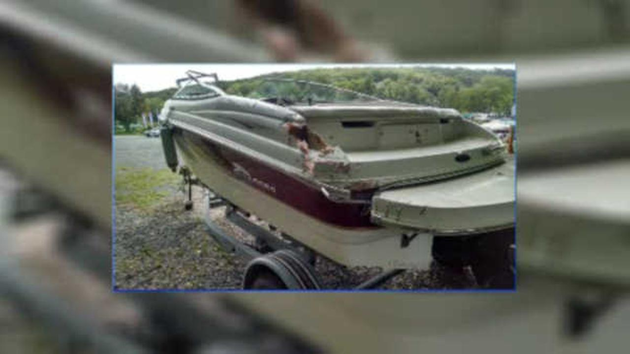 New Jersey Police searching for hit and run boater on Lake Hopatcong
