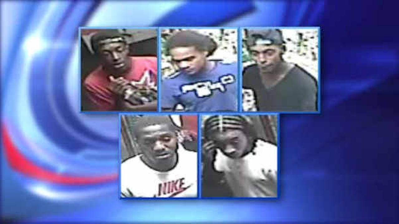 Police looking for suspects after man beaten to death in Crown Heights, Brooklyn