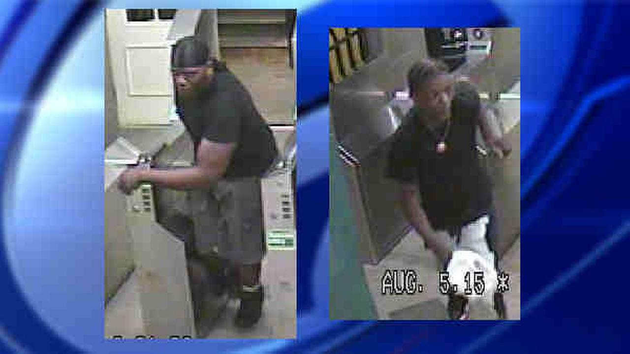 Man punched, mugged on L subway in Brooklyn near Livonia station