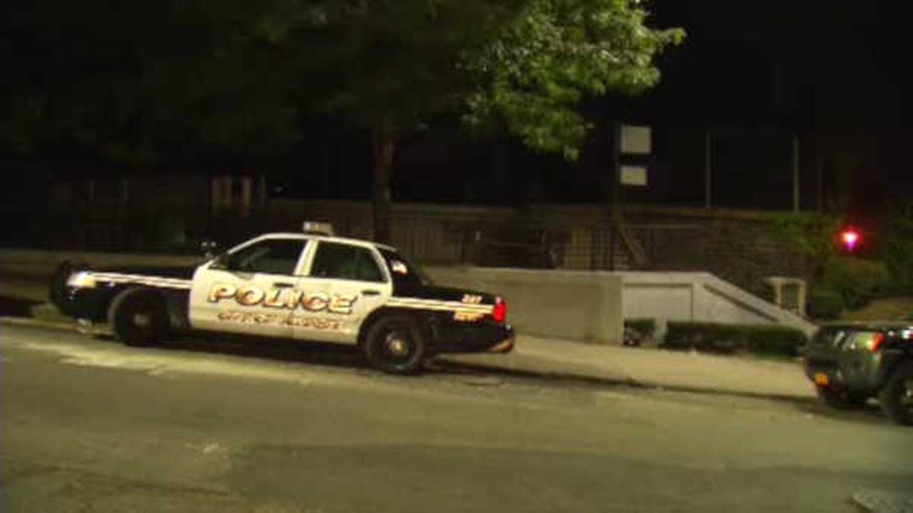 2 stabbed inside Yonkers park