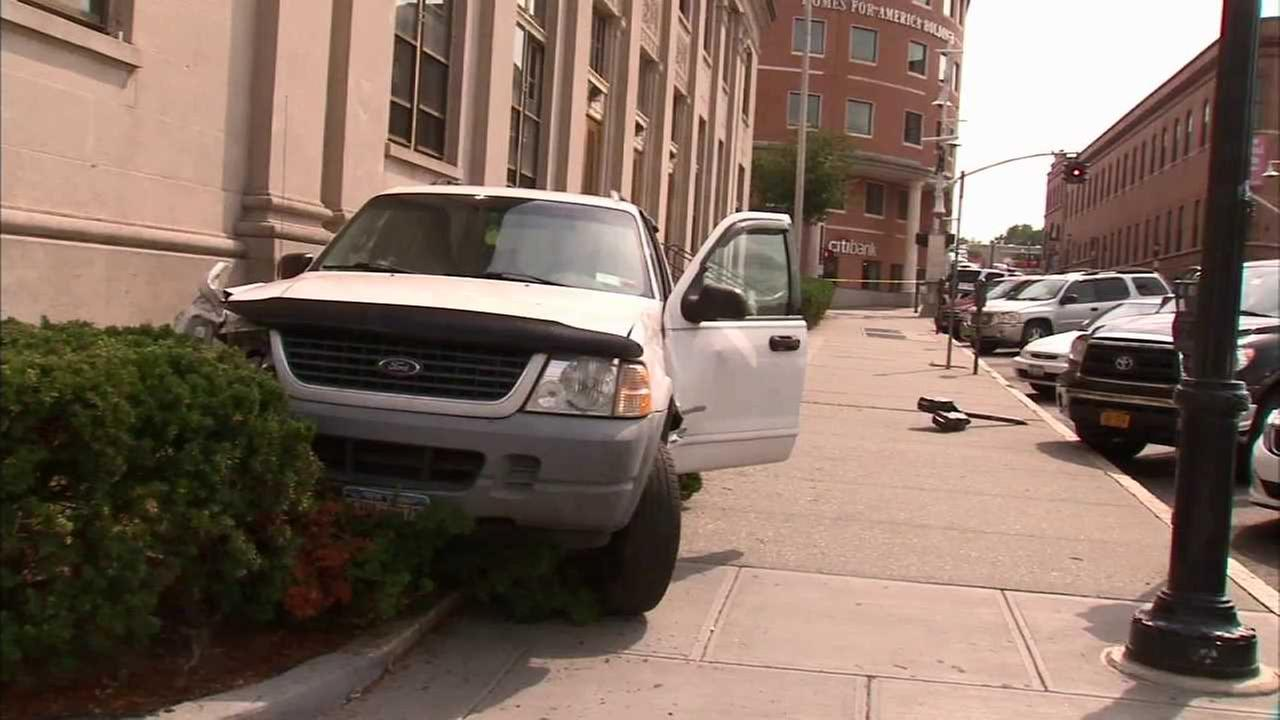 2 girls struck by car in Yonkers after driver mixes up gas and brake pedals, police say