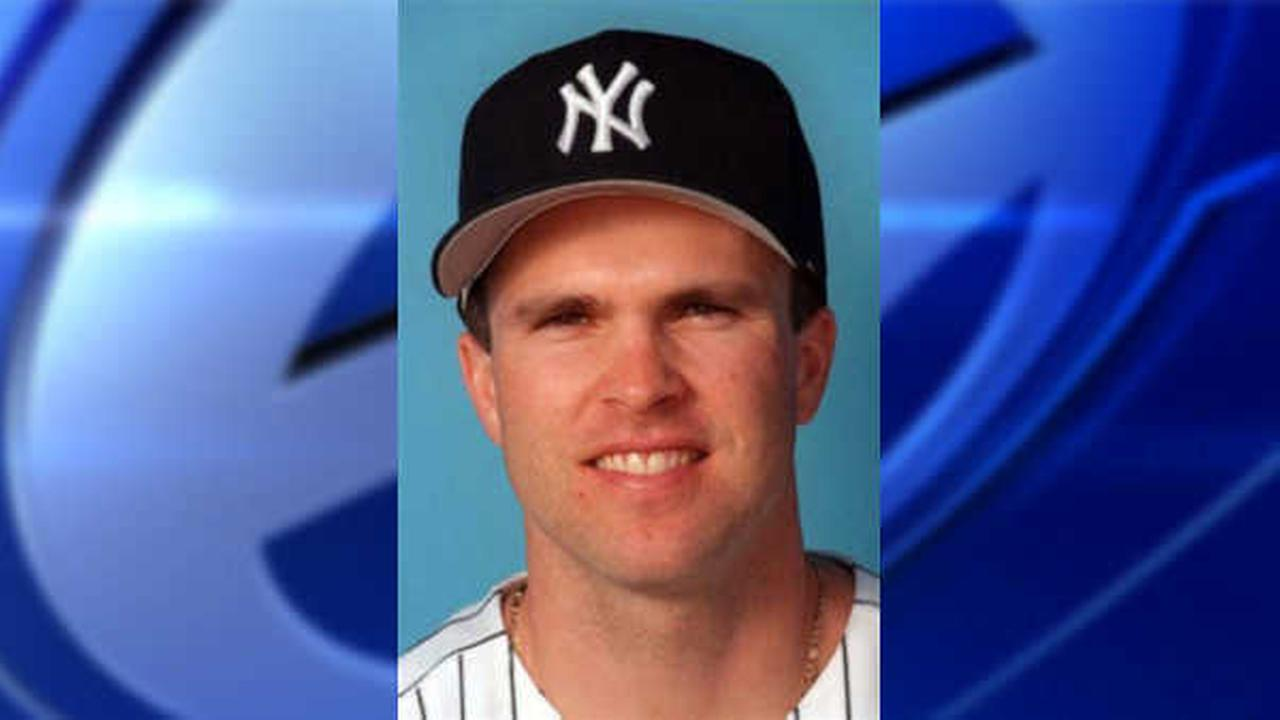 Former New York Yankee Chad Curtis can't interview women in sexual misconduct case