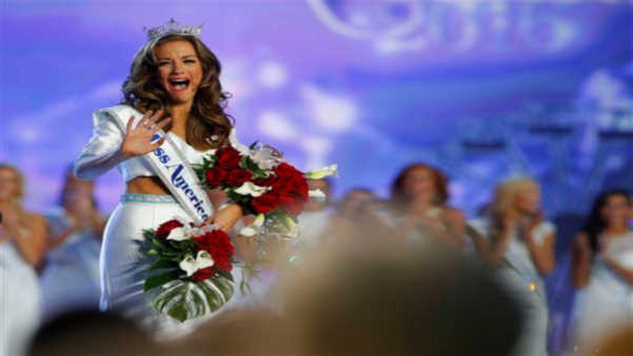 Miss Georgia named Miss America 2016 at pageant in Atlantic City