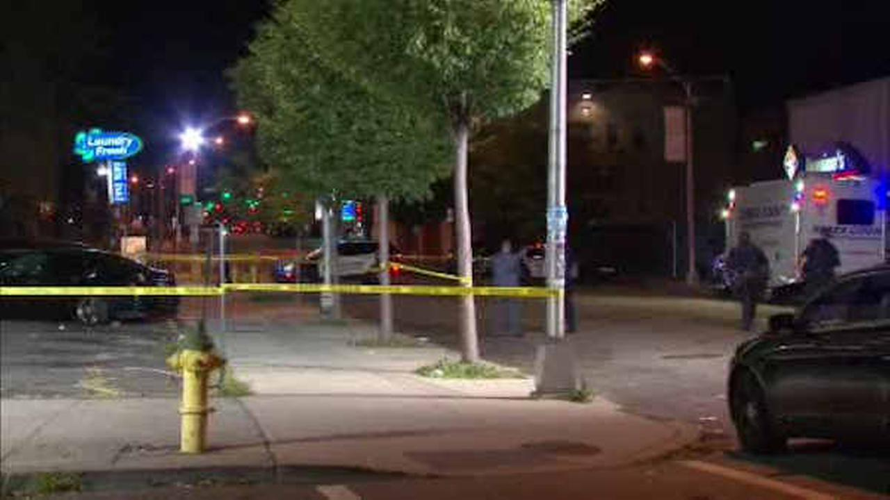 Search for gunman after man shot and killed in parking lot of Newark laundromat