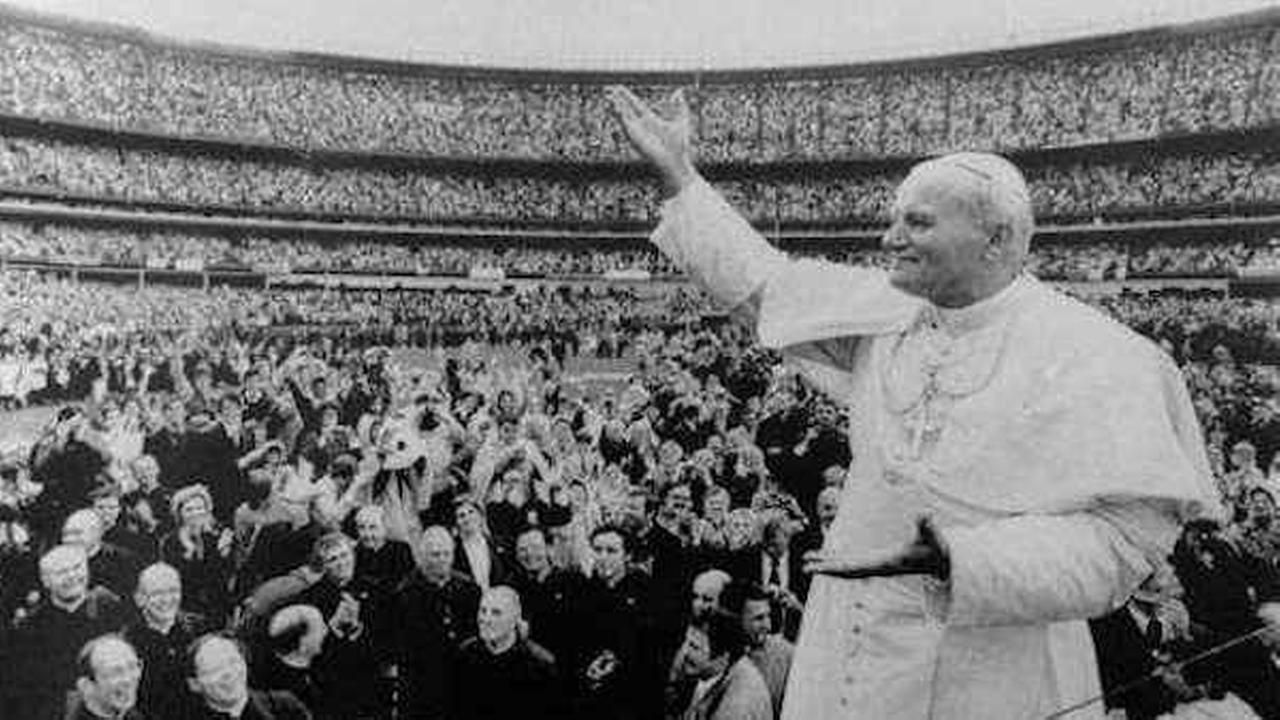 PHOTOS: Past papal visits to New York City