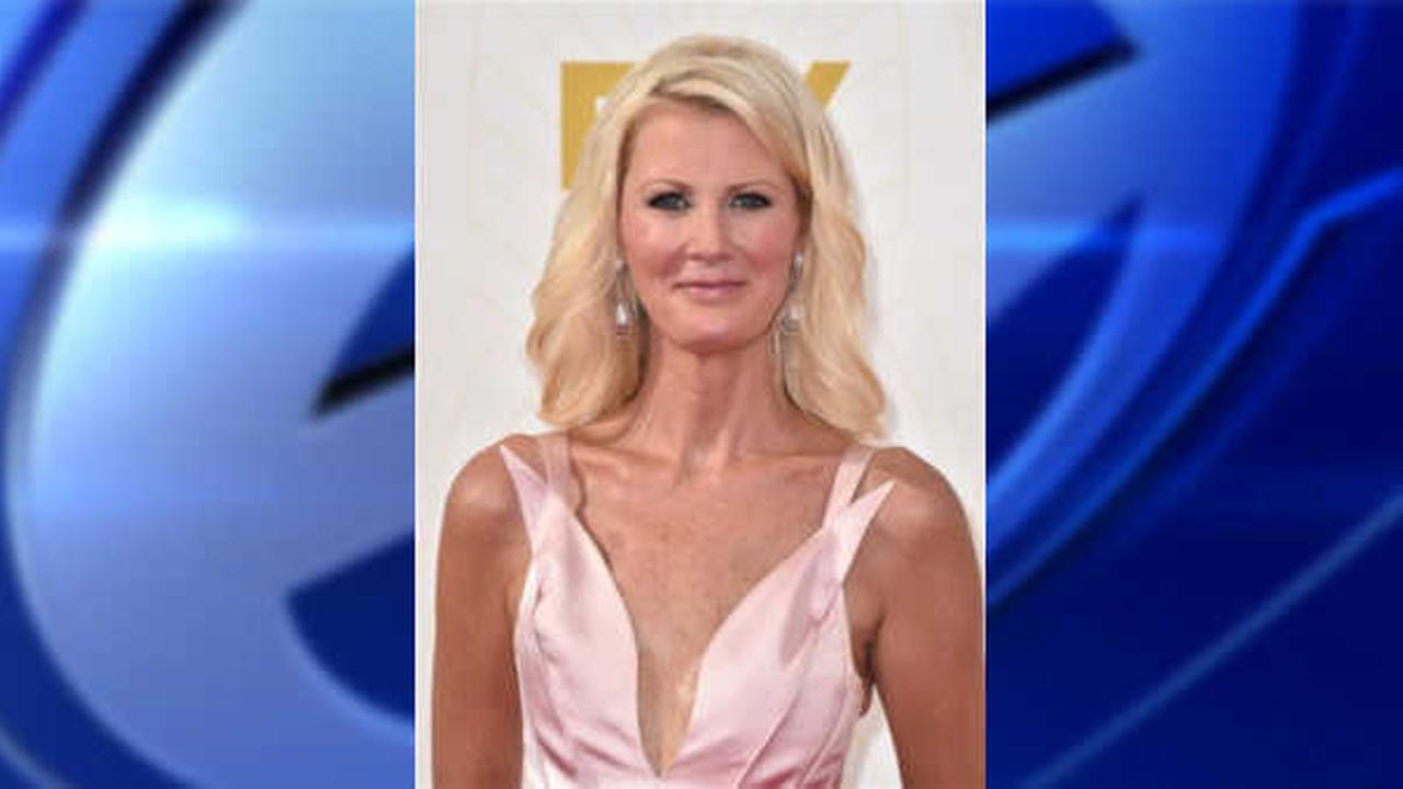 Sandra Lee makes first public appearance since double mastectomy at Emmys