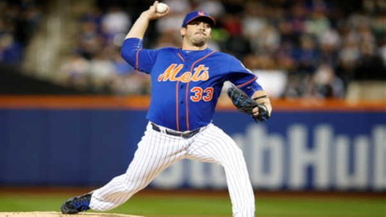 Yankees take advantage of Matt Harvey's early exit, beat Mets 11-2