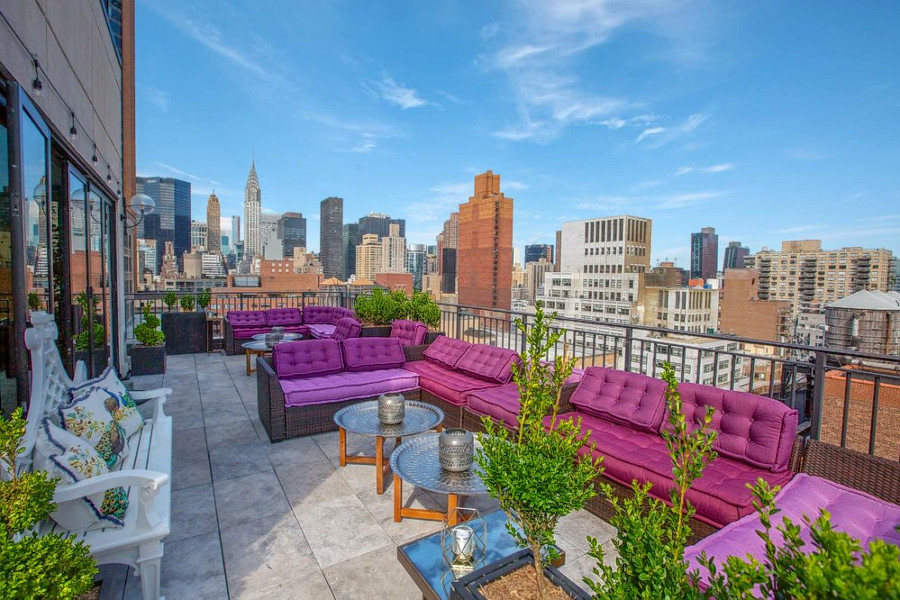 Photo: The Blue Rooftop/Yelp