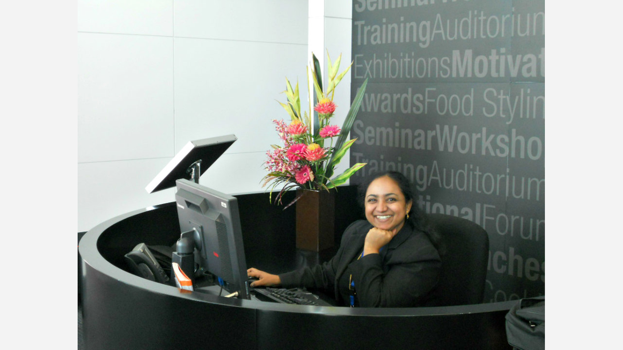 6 Receptionist Job Opportunities To Check Out In New York City