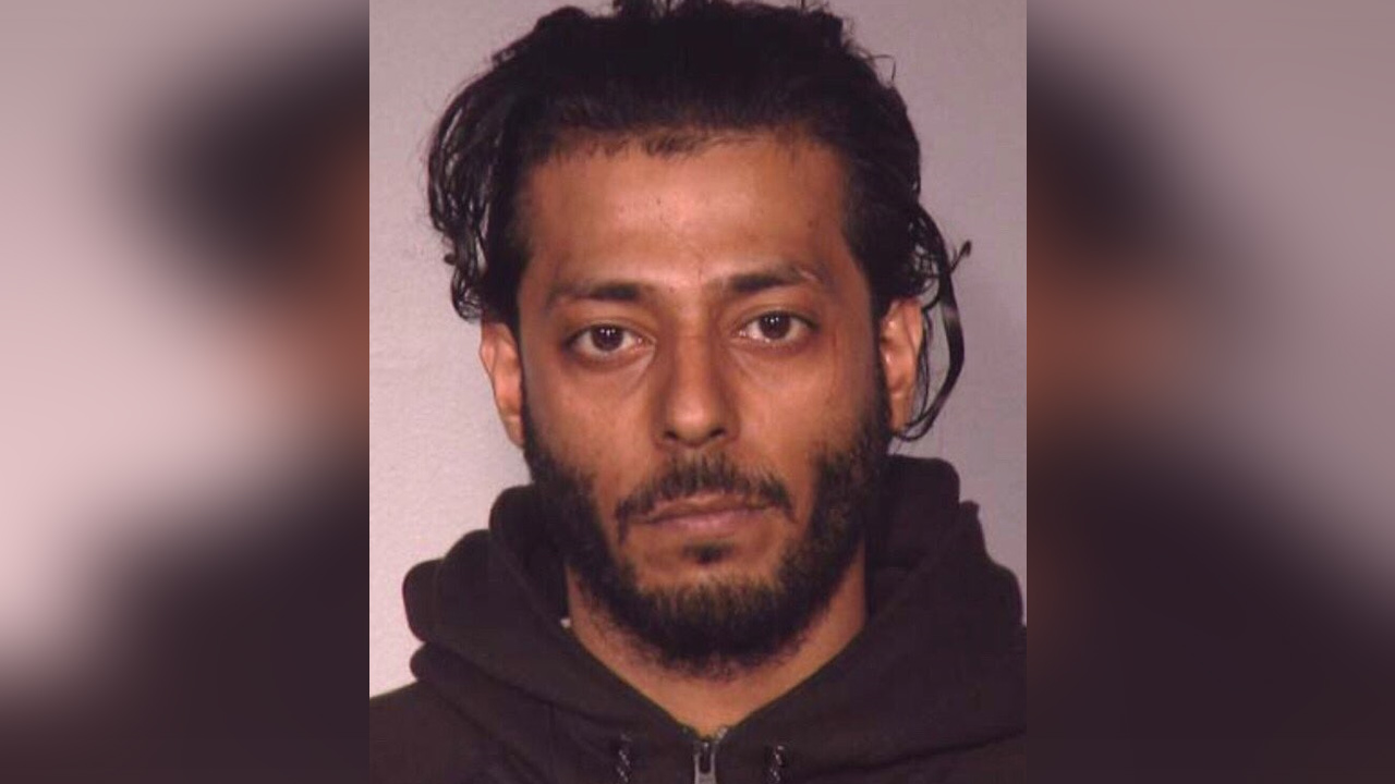 Handcuffed drug suspect who escaped police in Queens recaptured