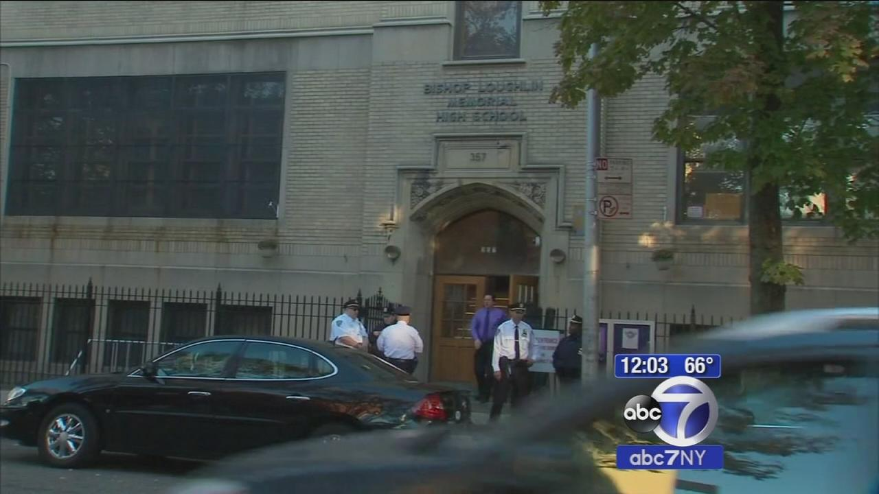 Brooklyn school cancels classes after threat