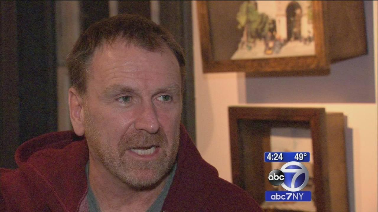 Colin Quinn sentimentalizes 1970s New York in one-man show
