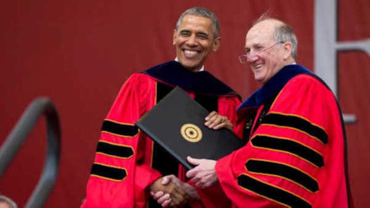 Rebuking Trump, President Obama tells Rutgers graduates walls won\'t ...