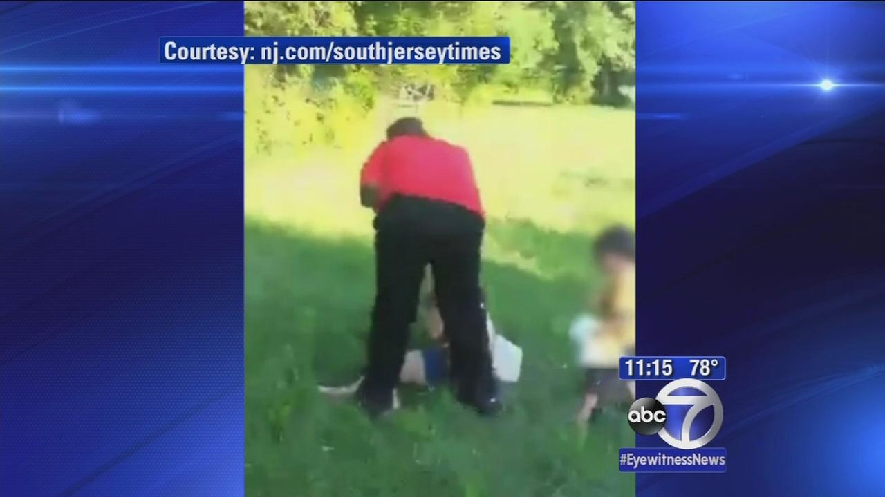 Toddler tries to protect mom from beating when no one else does