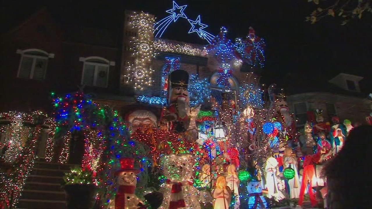 Residents enjoy Dyker Heights holiday light displays