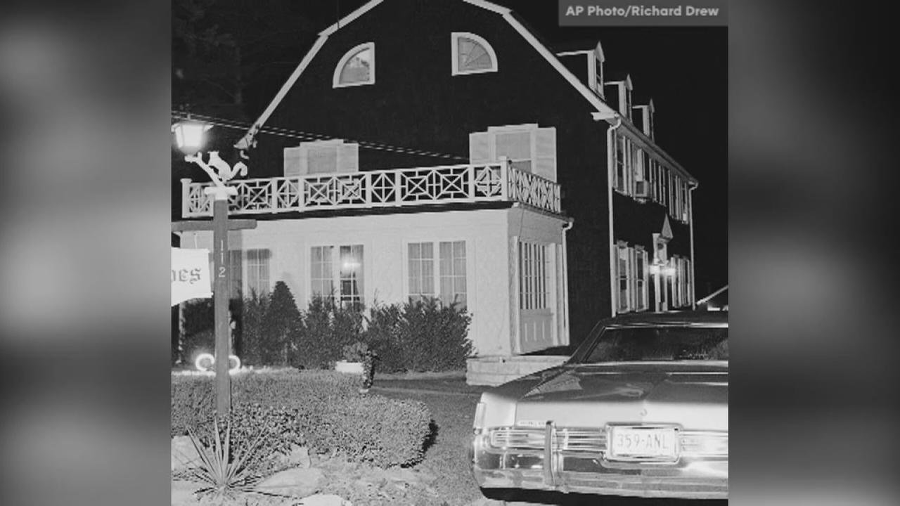 AMITYVILLE HORROR HOUSE SELLS FOR LESS THAN ASKING PRICE