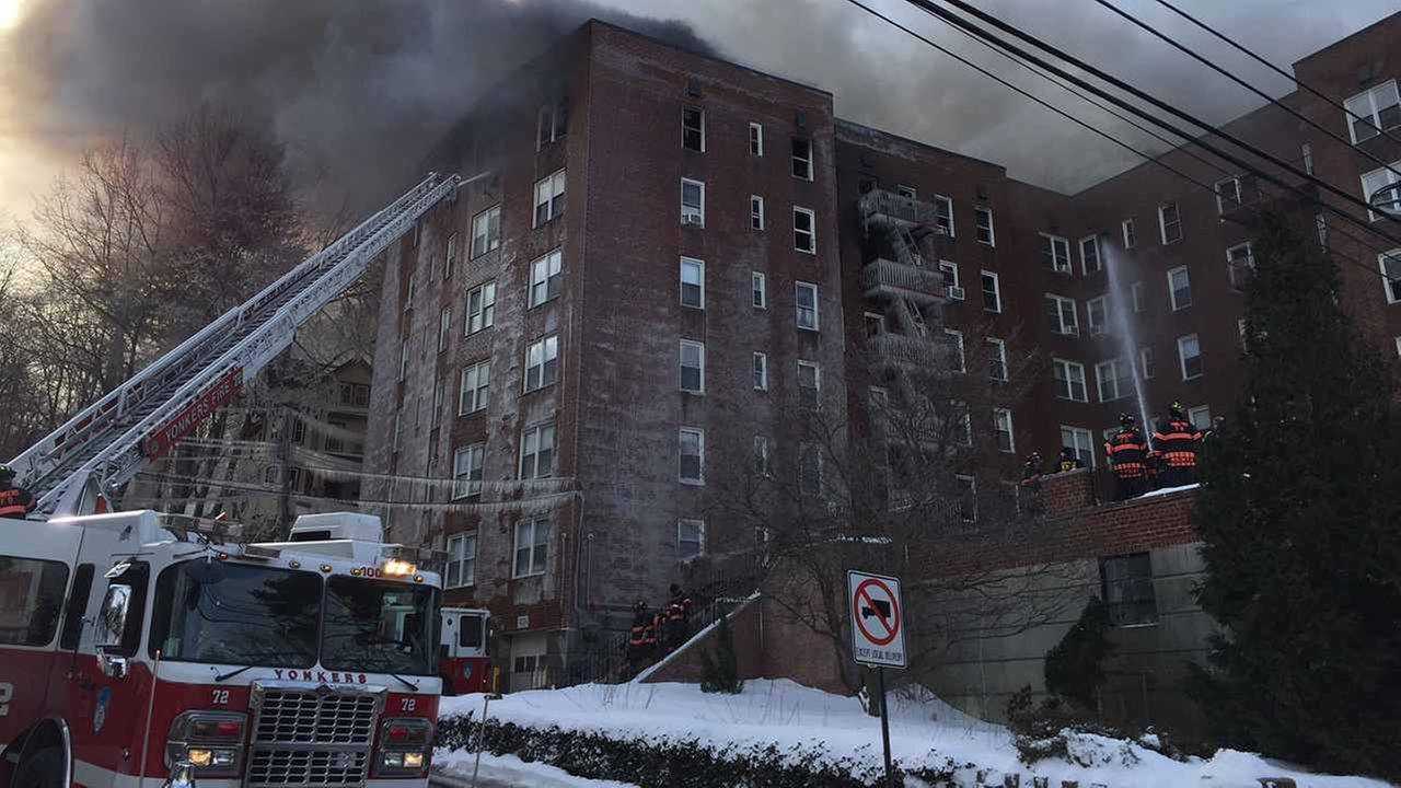A fire broke out at a Yonkers apartment building Wednesday morning.