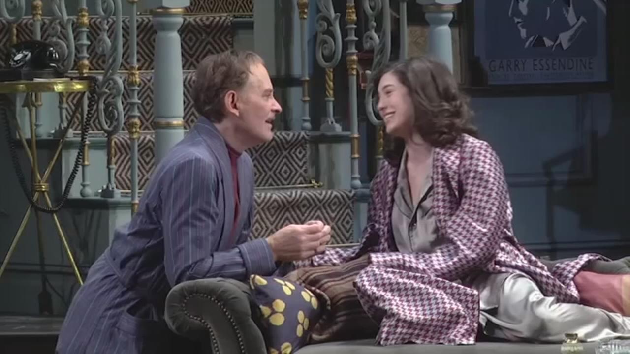 Broadway conversations on Present Laughter