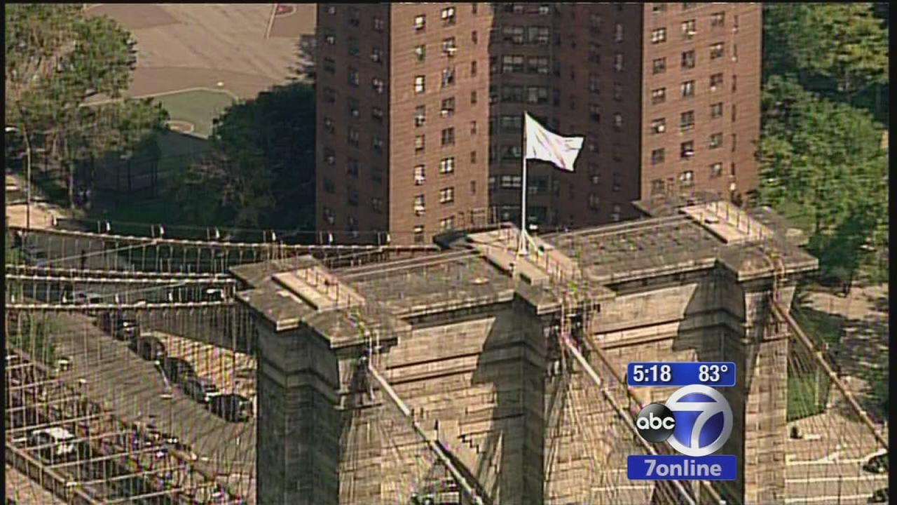 American flags replaced at Brooklyn Bridge