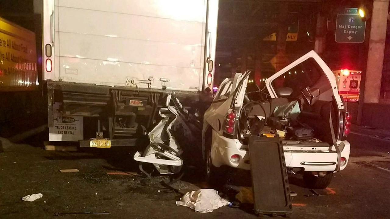 Crash on George Washington Bridge upper level kills man, 5-year-old ...