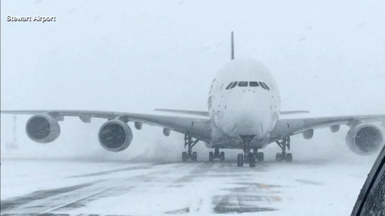 Jumbo jet lands at small NY airport due to snow storm