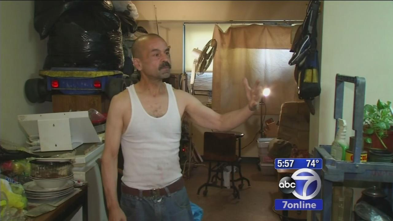 Man cleans up the road and returns lost belongings
