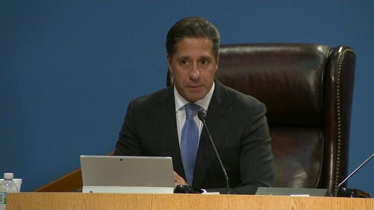 Raw video: Alberto Carvalho turns down NYC chancellor job