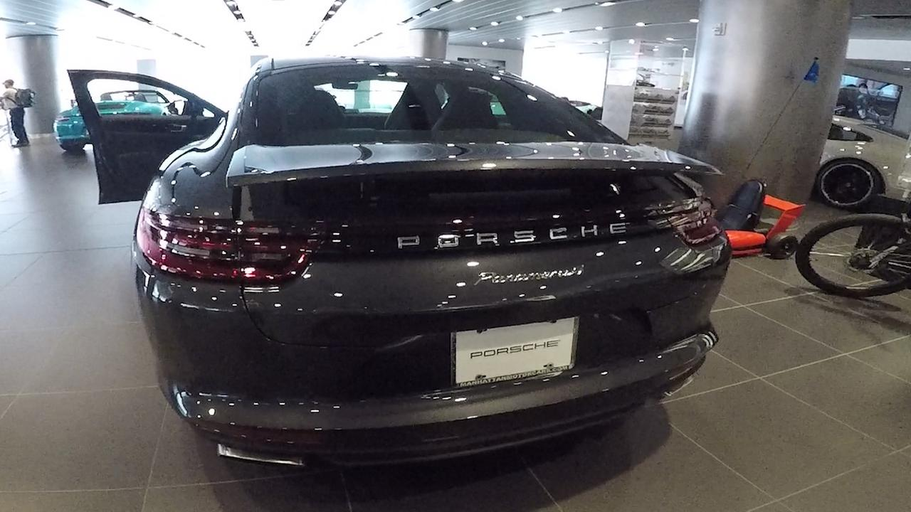 New York International Auto Show Check Out The New Porsche Panamera - Jacob javits center car show 2018