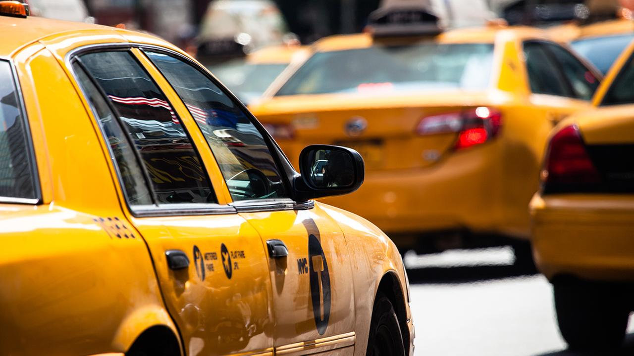 Family sues NYPD over cab driver's heart attack death