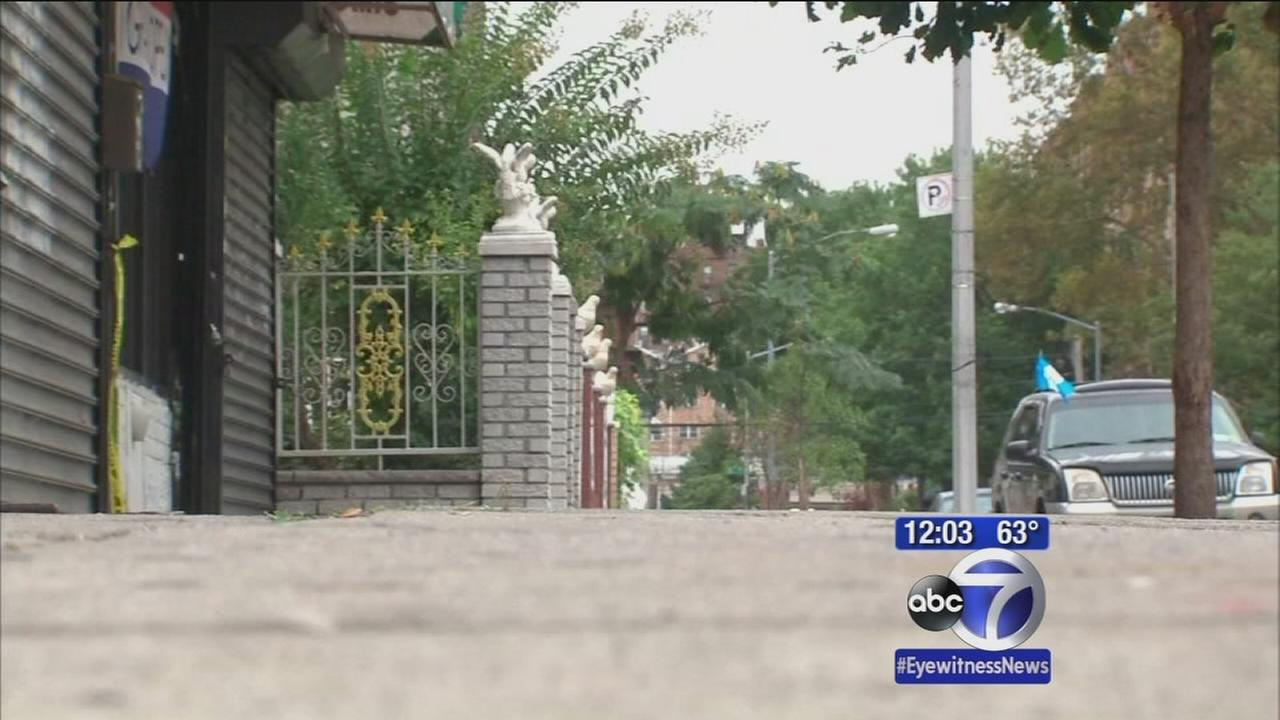 Woman found on Queens sidewalk with throat cut