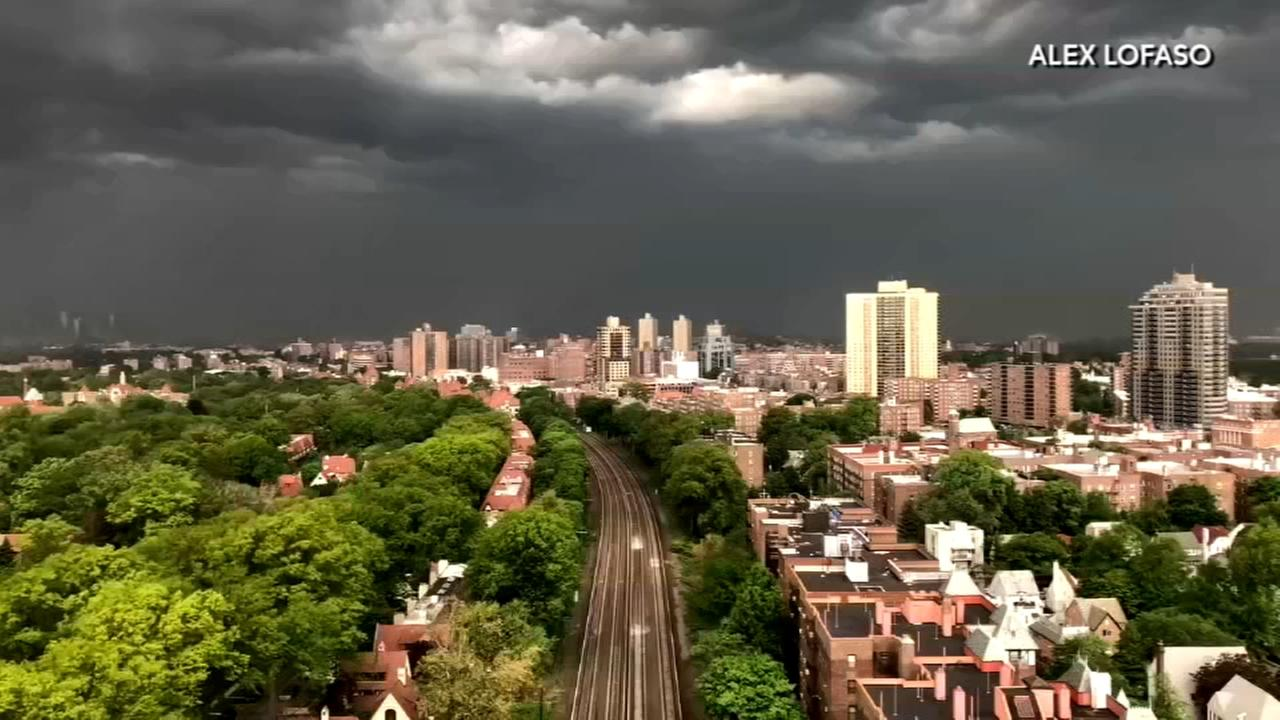 Crazy time lapse out of Forest Hills shows the storm rolling in