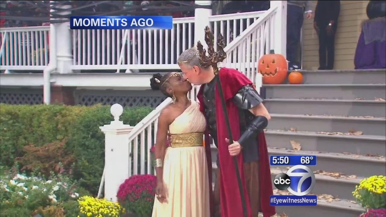 Mayor and First Lady open Gracie Mansion to trick or treaters