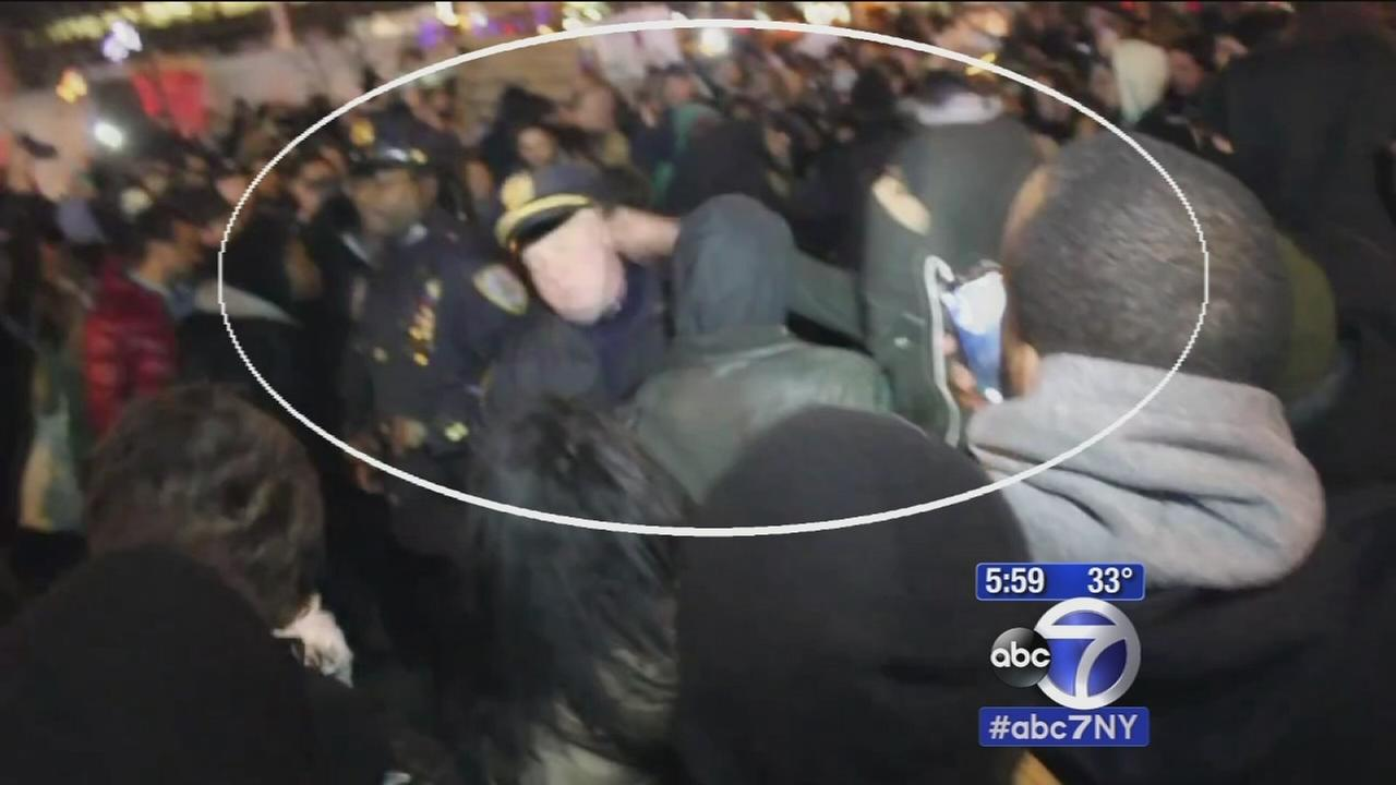Protester charged with punching 2 NYPD officers