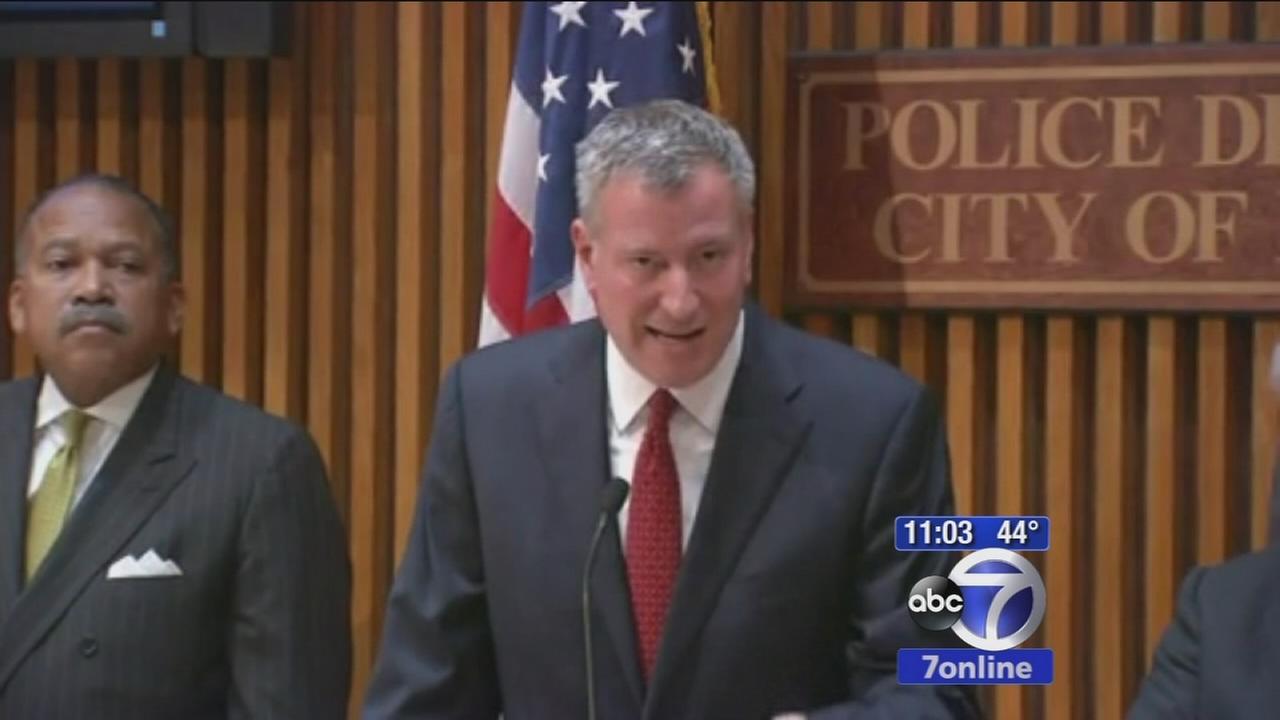 Mayor calls for calm, blames press
