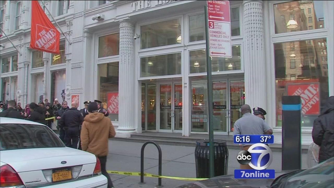 2 dead after shooting at Manhattan Home Depot
