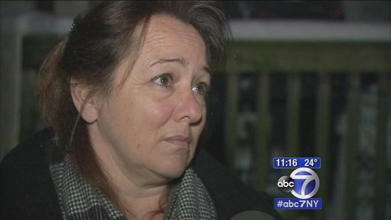 Woman uses two-way radio to save police officers life
