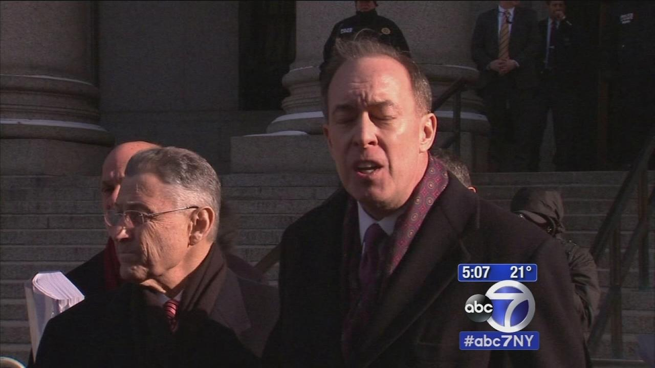 Sheldon Silver appears in court for bribery case
