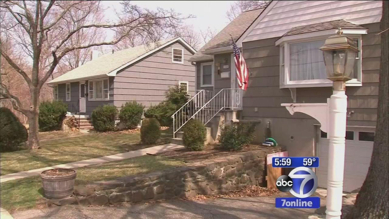 6-year-old dead, mother in criticial condition in Westchester