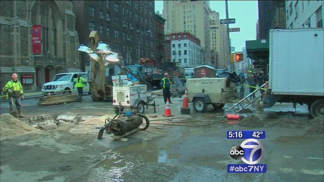 Subways back after East Village water main break