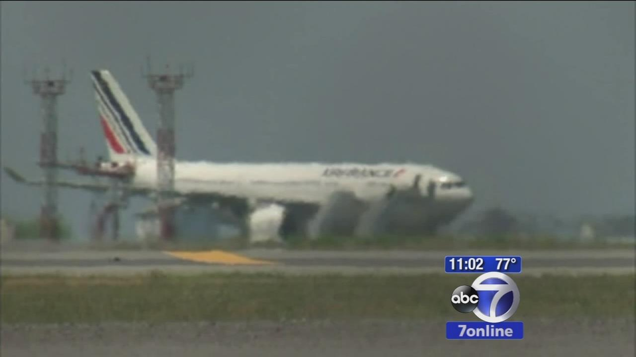Air scares on flights into NYC causes concern among travelers