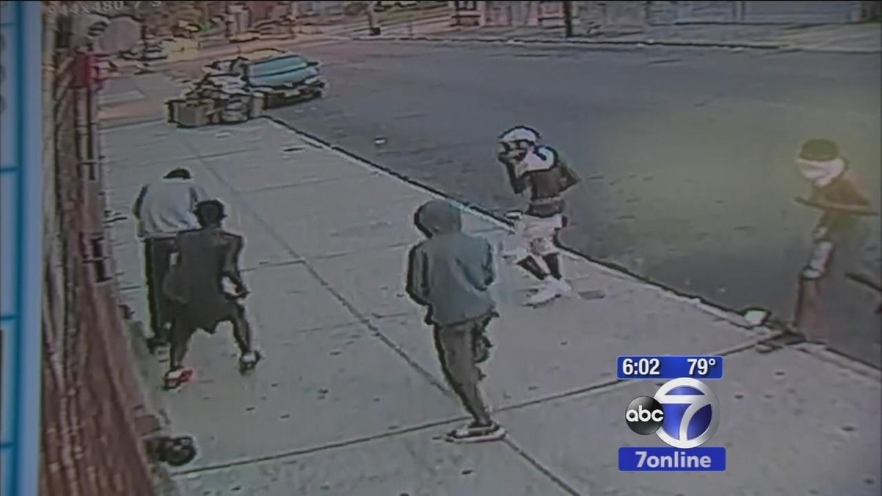 EXCLUSIVE: Newark police investigate robberies at city bus stops