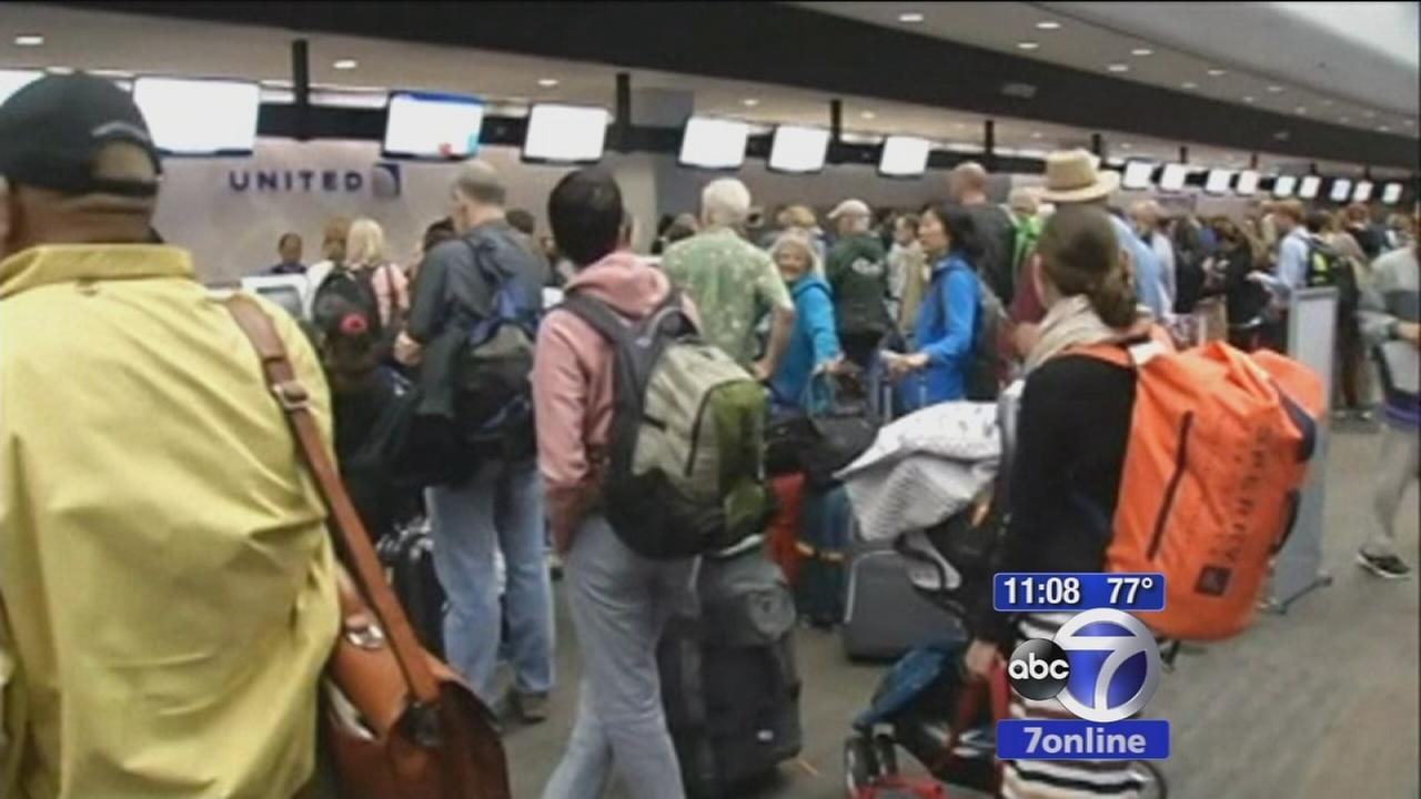 Computer outages cause travel and stock problems