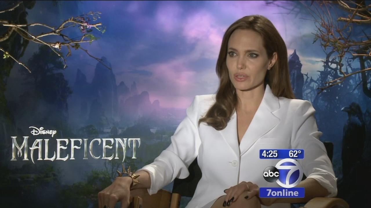 Angelina Jolie teams with daughter for Disneys Maleficent