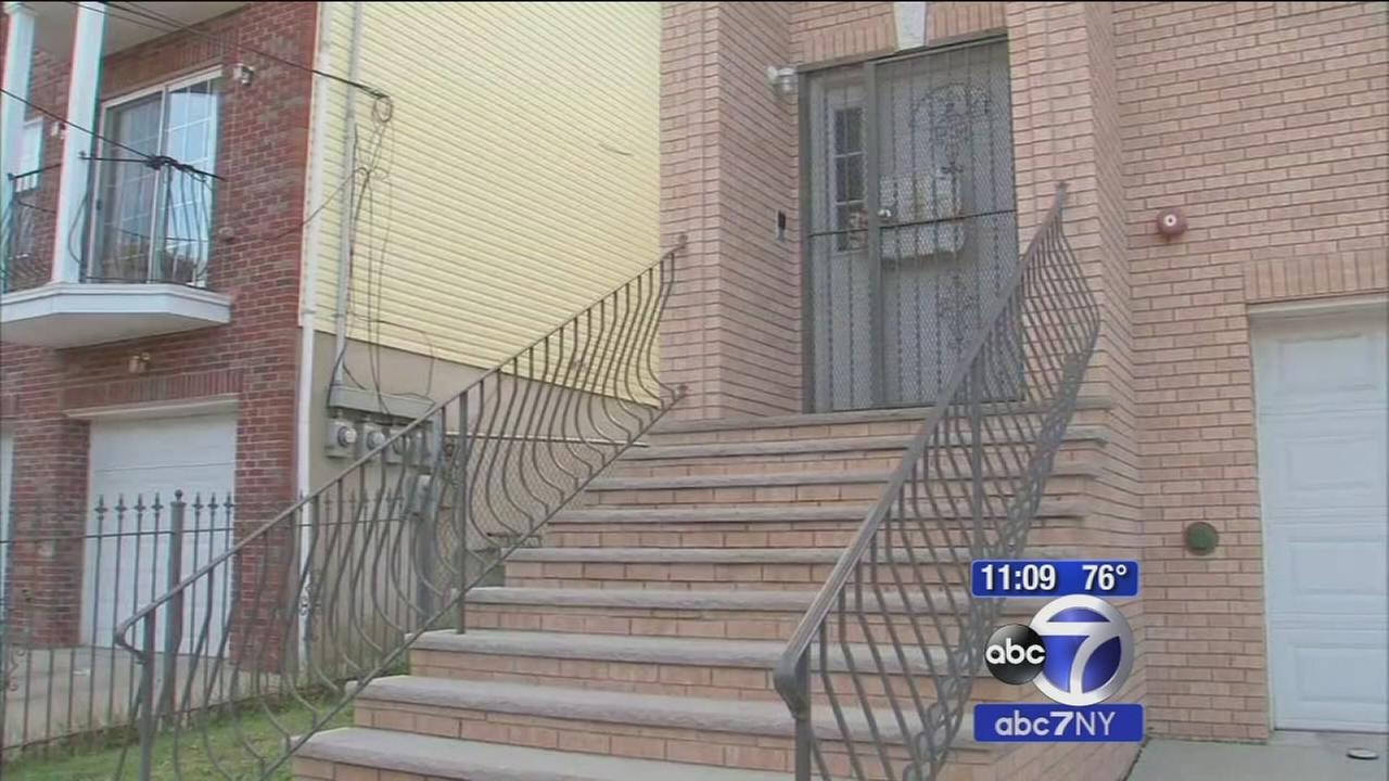 Man shot and killed in front of his three children in Newark
