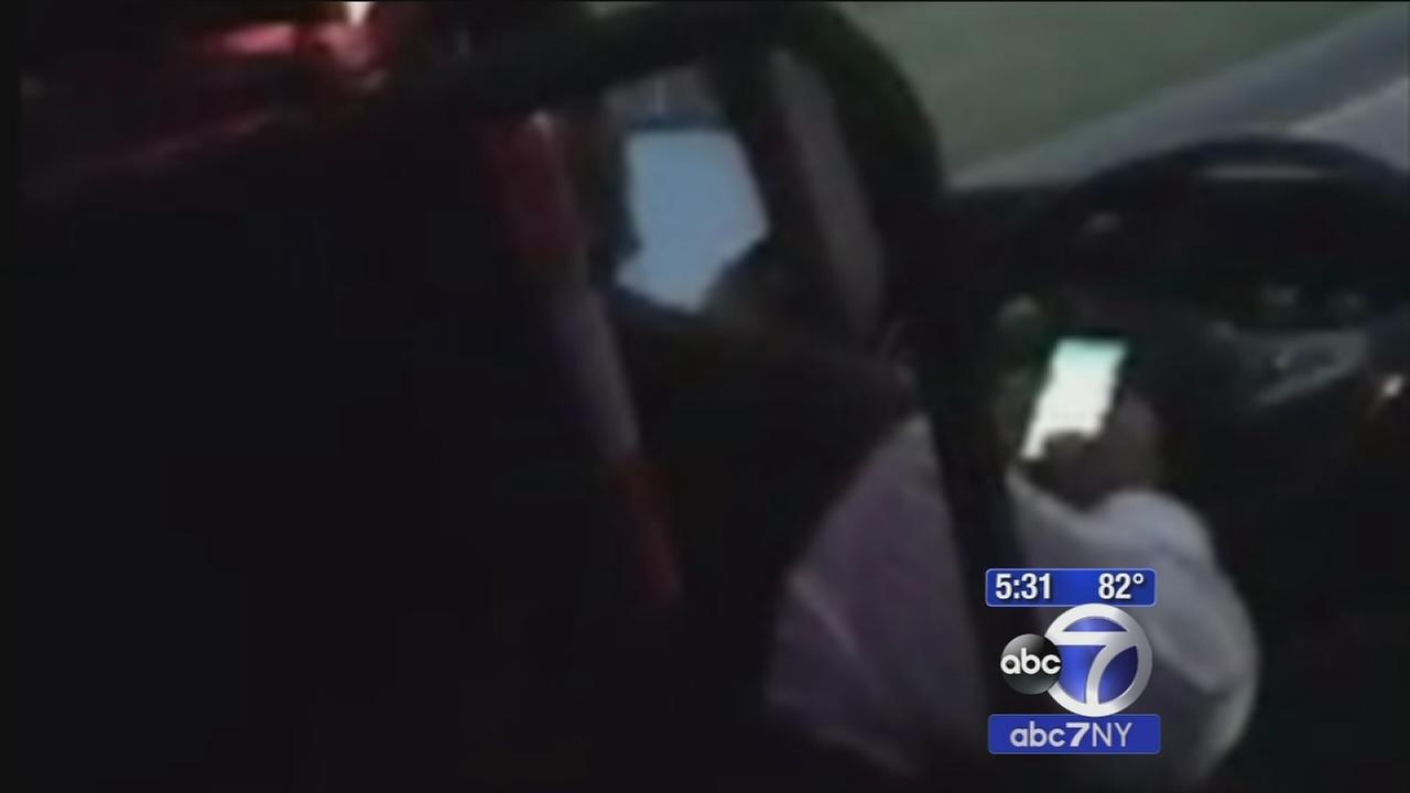 The Investigators: Limo driver caught texting while driving