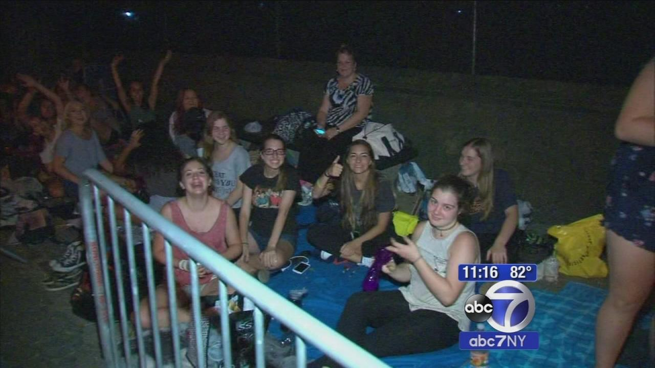 Thousands of girls camp out ahead of One Direction concert