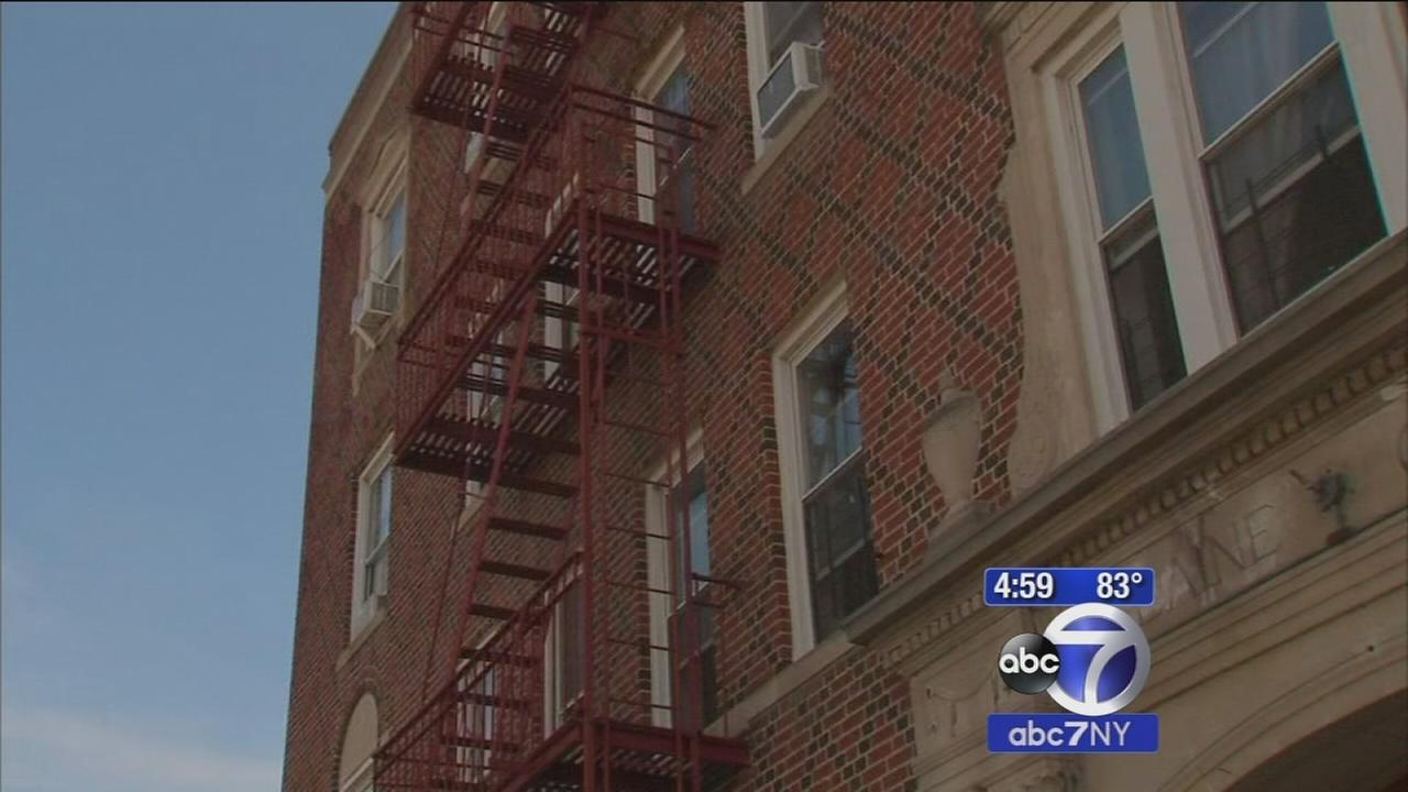 Police believe dead infant in Queens was thrown from 4th floor window